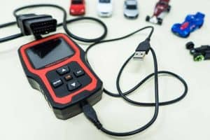 How To Use OBD2 Scanner to Read & Understand Its Live Data
